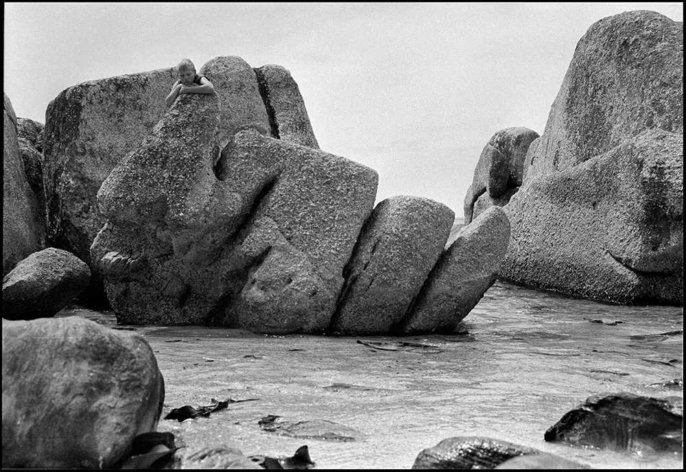 L'enfant au rocher